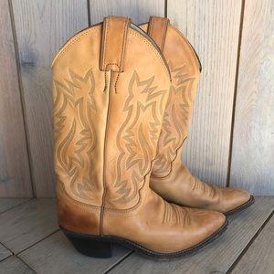 Justin L4201 Cowboy Boots - Size 6